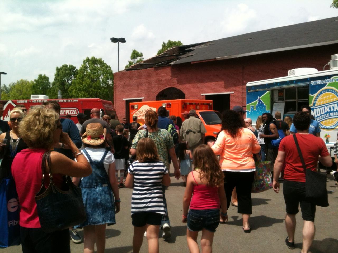Food Trucks At Chattanooga Market